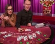 Table du logiciel Evolution Gaming sur Exbet Casino