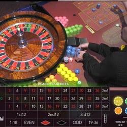 Table de live roulette Turbo d'Authentic Gaming