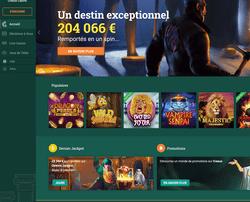 Une joueuse décroche plusieurs gros gains aux machines a sous de Cresus Casino