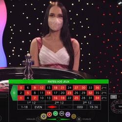 Immersive Roulette adalah salah satu dari 3 roulette langsung dari Magical Spin