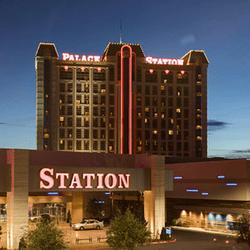 Jackpot progresif besar dimenangkan oleh seorang wanita Hawaii di Palace Casino